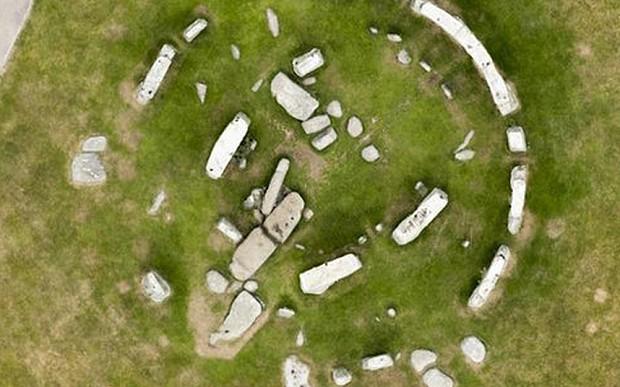 Arqueólogos confirmam: Stonehenge já foi um círculo completo