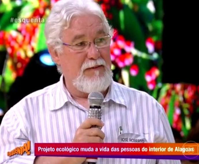 Engenheiro muda vida de famílias do interior de Alagoas com cultivo de pimenta vermelha  (Foto: Reprodução/ Rede Globo)
