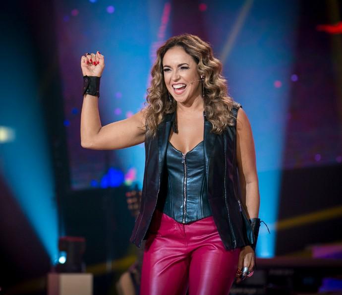 Daniela mostra carisma em gravação  (Foto: Isabella Pinheiro/Gshow)