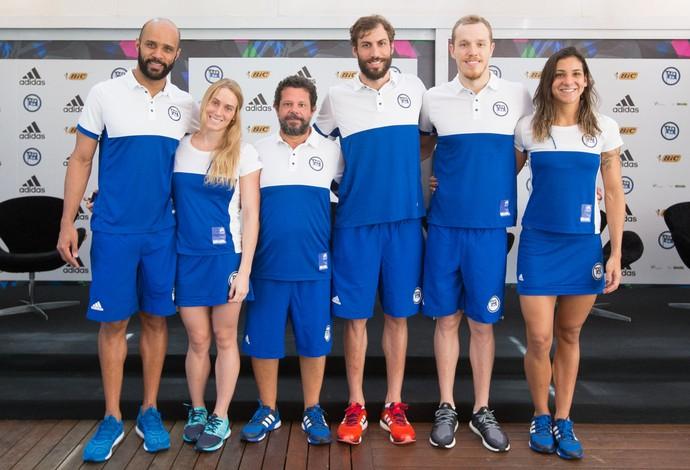 Equipe do Pinheiros, natação, para o Maria Lenk (Foto: Ricardo Bufolin/Pinheiros)