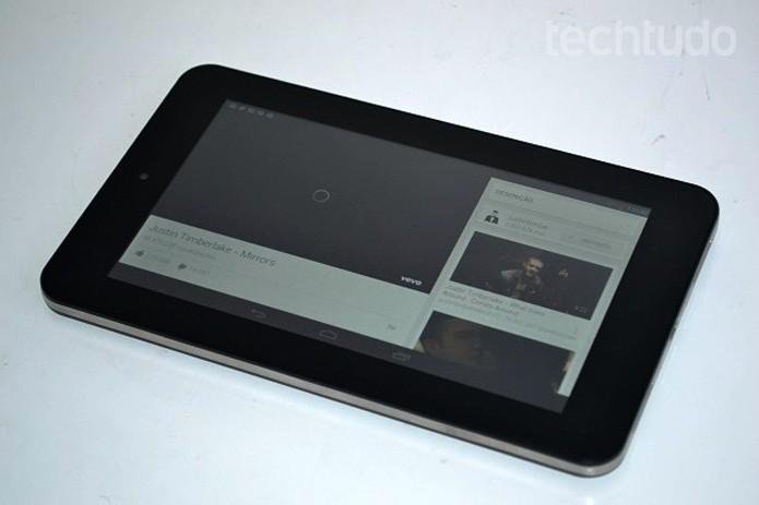 Tablet tem desempenho intermediário  (Foto: Thiago Barros/TechTudo)