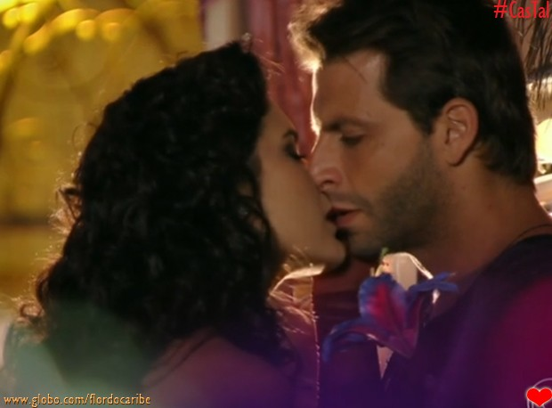 Cristal e Cassiano (Foto: Flor do Caribe/TV Globo)