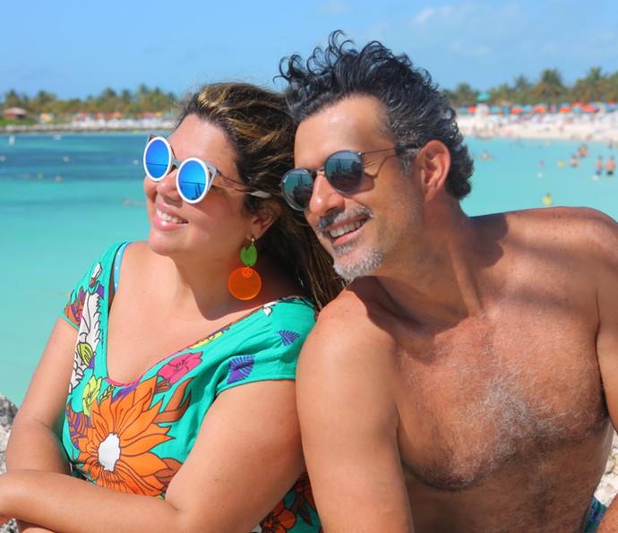 Fabiana Karla e Marcos Pasquim curtem praia na Disney (Foto: Thiago Fontolan/Gshow)