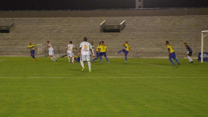 Miramar x Lucena, Estádio Almeidão (Foto: Hévilla Wanderley / GloboEsporte.com/pb)