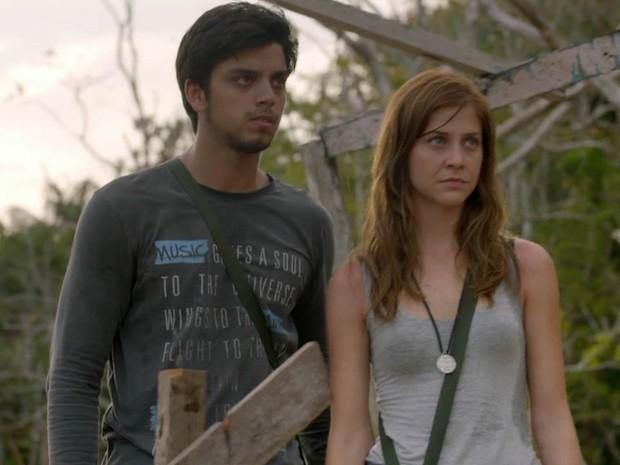 Marlon e Paulinha juntos em viagem (Foto: Além do Horizonte/TV Globo)