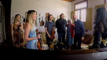 Regina Casé Apresenta a família Toffolo