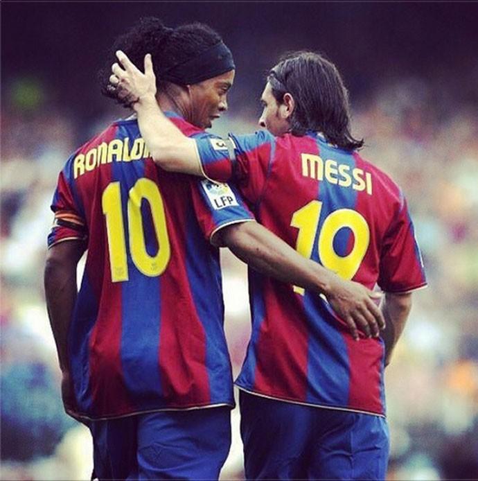 """BLOG: Inspiração? Barça lembra """"combinação letal"""" entre Ronaldinho e Messi em vídeo"""