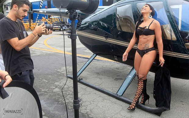 Making of Priscila Pires no Paparazzo (Foto: Isac Luz / Paparazzo)