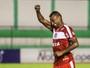 Atacante Elias faz três e se destaca na goleada do CRB sobre o Miguelense