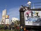 Fiis iniciam Marcha para Jesus em direo a Zona Norte de SP