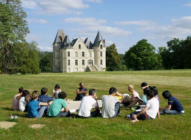 Os alunos do curso se hospedarão na França durante 7 dias, e terão aulas no Castelo de Boisbuchet (Foto: Divulgação)
