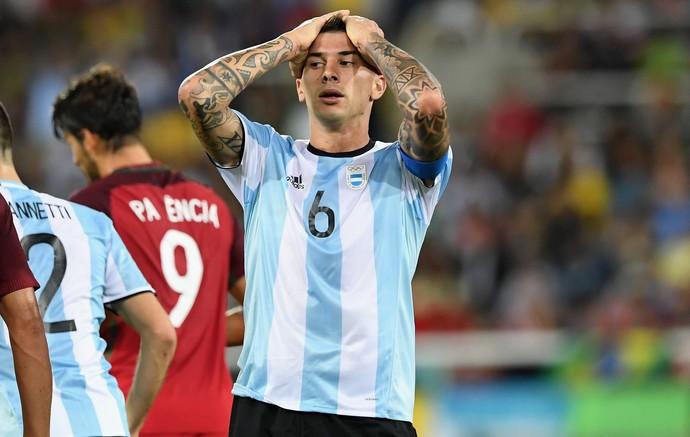 Capitão argentino minimiza pressão de brasileiros