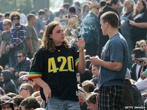 Como 420 se tornou número símbolo da maconha (Foto: Getty)