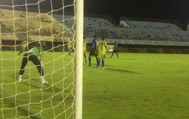 Nada de gols, São José e Escola Paraíso empatam em 0 a 0 (Foto: Vilma Nascimento/GLOBOESPORTE.COM)