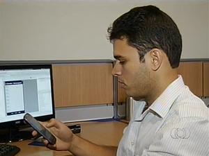 Aplicativo, criado por tocantinense, faz sucesso em 27 países (Foto: Reprodução/TV Anhanguera)