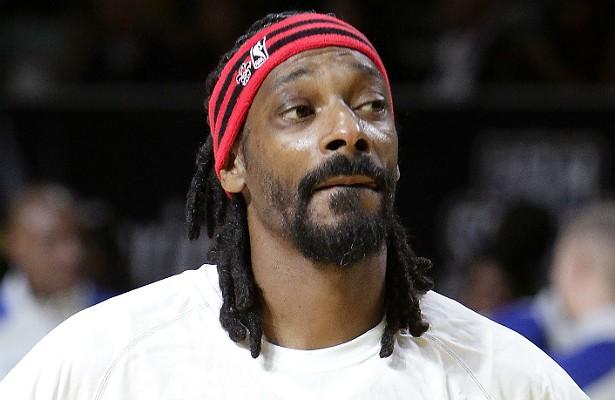 O rapper Snoop Dogg (ou Snoop Lion) tentou entrar com oito gramas de maconha na Noruega em junho de 2012. Acabou proibido de voltar ao país nórdico por dois anos. (Foto: Getty Images)