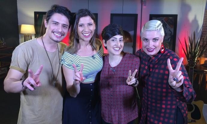 Camille conversa com Dan Costa, Joana Castanheira e D'Lara (Foto: RBS TV/Divulgação )