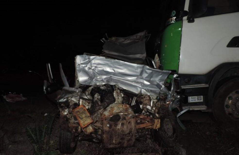 Família morreu em acidente em Itapoá (Foto: PMRv/Divulgação)