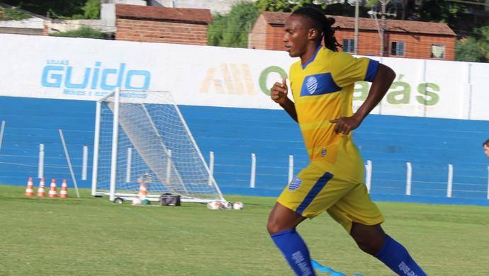Jean Cléber, volante do CSA (Foto: Caio Lorena / GloboEsporte.com)