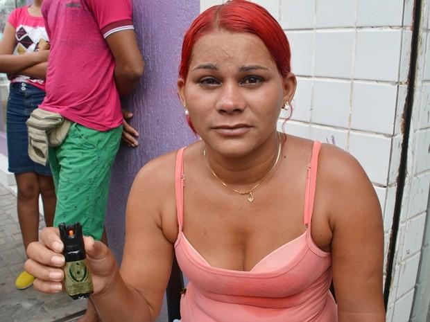 Ambulante relatou que foi agredida com um soco e atingida por spray de pimenta (Foto: Walter Paparazzo/G1)