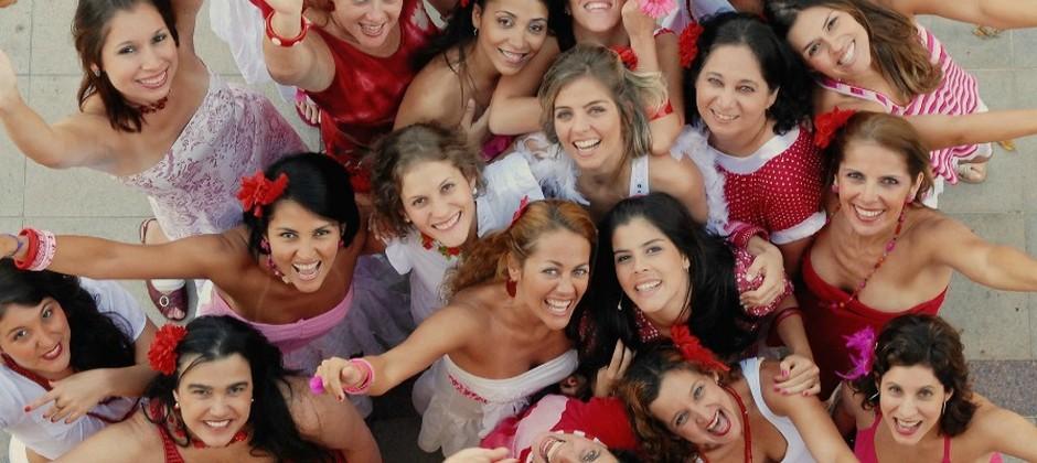 Bloco Mulheres de Chico, família é família