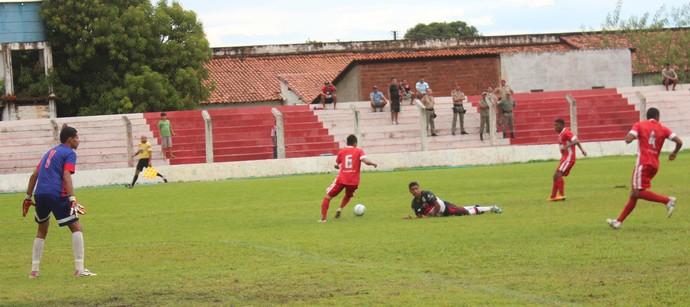 4 de Julho x Flamengo-PI (Foto: Wenner Tito/Globoesporte.com)