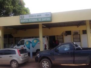 Médicos e enfermeiros do hospital de santana tiveram alimentação suspensa (Foto: Cassio Albuquerque/G1)