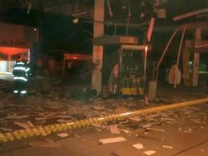 Criminosos explodem cofre de posto de combustíveis em Boituva (Foto: Divulgação / PM)