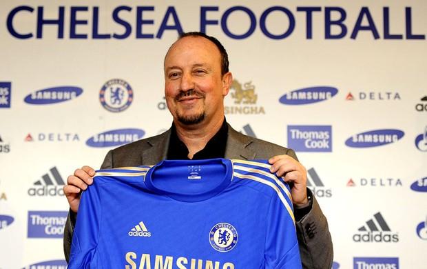 Rafa Benítez apresentado no Chelsea (Foto: EFE)