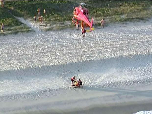 Passageiros foram resgatados com vida e passam bem (Foto: Reprodução/TV Globo)