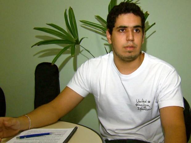 Jovem que pôs receita no Enem vira 'sensação' na Ufla, em Lavras (Foto: Reprodução EPTV)