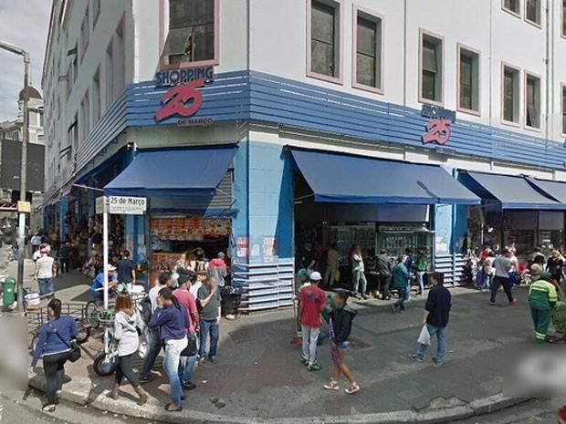 8974795d5b9 G1 - 19 lojas da Paulista vendem bolsas piratas por até R  3 mil ...