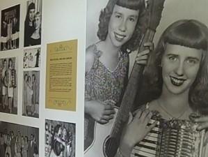 Memorial tem fotos que recontam a história da dupla (Foto: Reprodução/TV Tem)