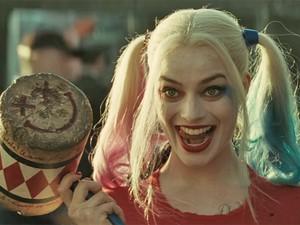 Margot Robbie como a Arlequina no Esquadrão Suicida (Foto: Reprodução / Youtube)