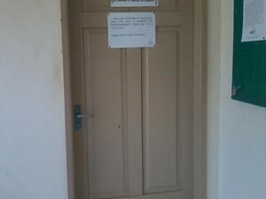 Sala de engenheiro estaria fechada em horário de atendimento (Foto: Arquivo pessoal)