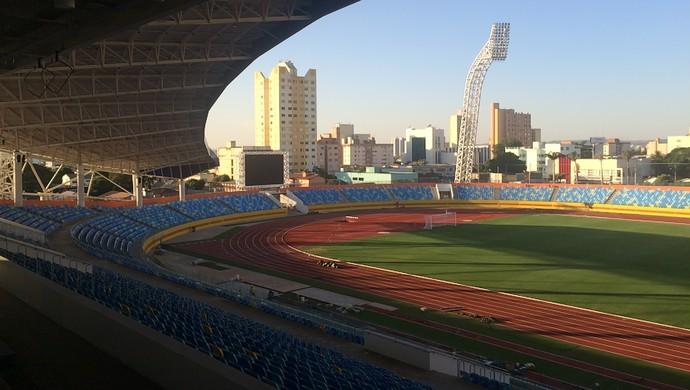 Estádio Olímpico de Goiânia (Foto: Fernando Vasconcelos / GloboEsporte.com)