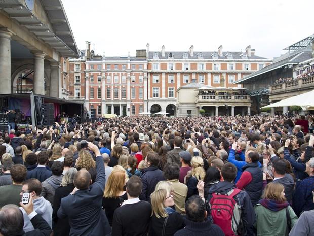 Paul McCartney faz show surpresa em Londres para cerca de 2 mil pessoas (Foto: Justin Tallis/AFP)