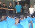 Bicampeão da Superliga, técnico do Rio visita time de vôlei do Botafogo