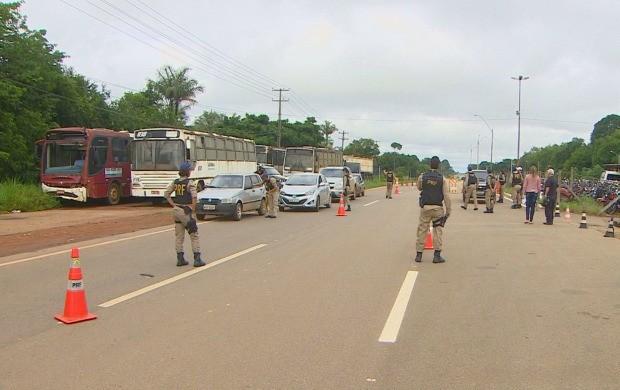 Projeto 'Comando de Saúde' da Polícia Rodoviária Federal reduziu índice de acidentes nas rodovias (Foto: Rondônia TV)