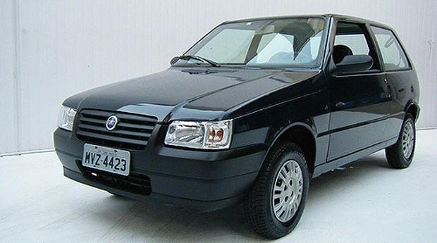 Fiat Uno Mille. Veículo foi apreendido com mais de R$ 9 milhões em multas (Foto: Photo Pin)