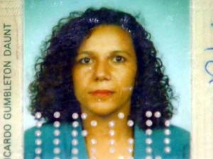Tânia Lourenço Ribeiro morreu após carro ser arremessado em calçada e atingí-la em Sumaré (SP) (Foto: Reprodução EPTV)