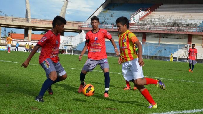 Santarém e Alter do Chão empataram em 0 a 0 (Foto: Weldon Luciano/GloboEsporte.com)
