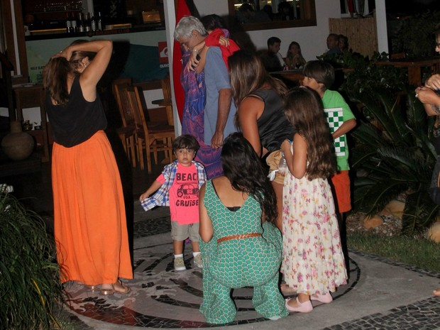 Juliana Paes e família (Foto: Ag.News)