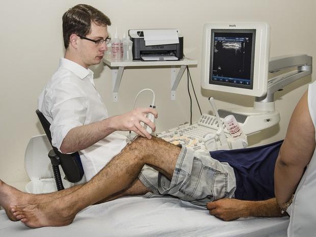 Ultrassom de articulação foi feito em um dos primeiros mutirões (Foto: Divulgação)