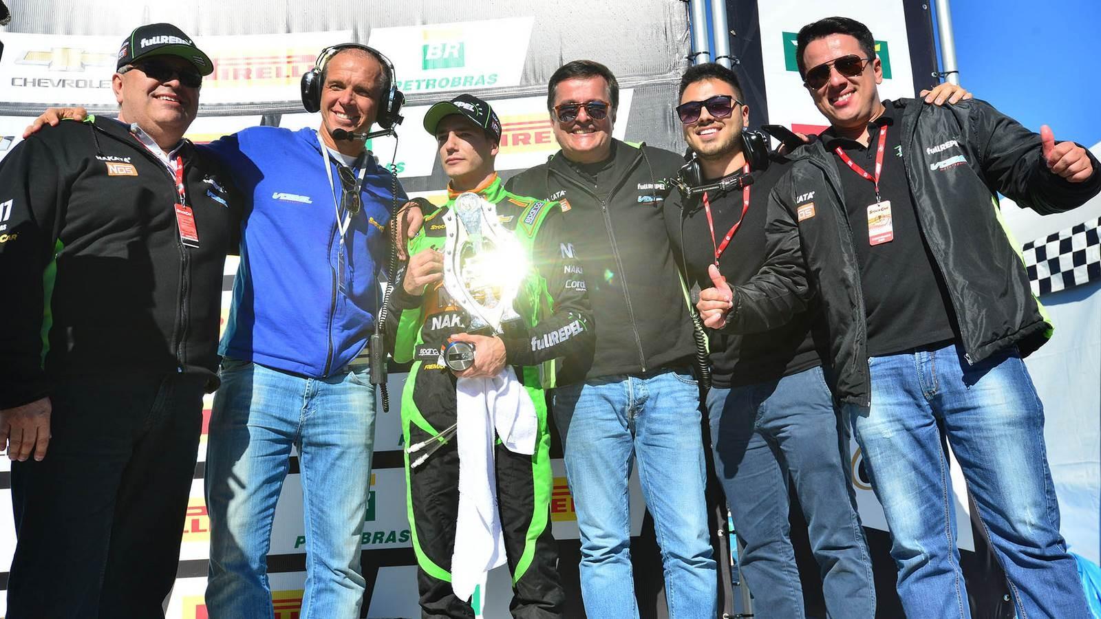 Guilherme Salas da equipe Vogel Motorsport P2 na corrida 2 (Foto: Divulgação/Vicar)