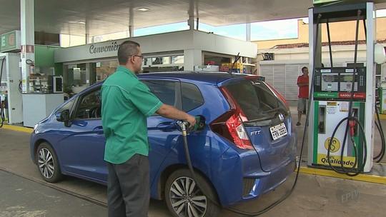 Queda de preço do etanol na indústria não chega aos postos, aponta ANP