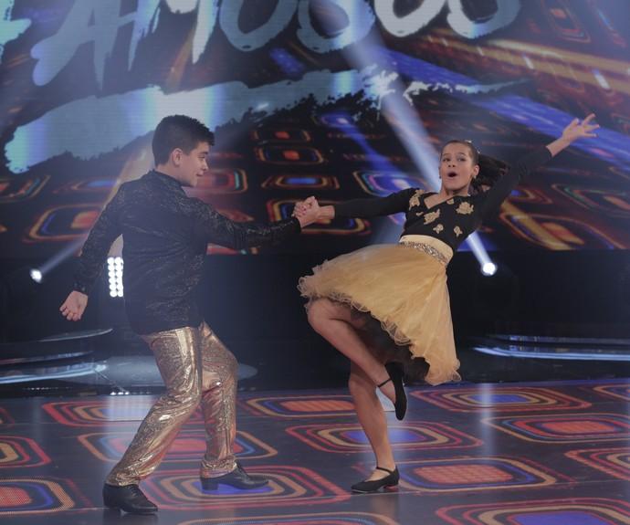 Uau!!! Gabi e Lucca dançam ao som de Wanderléa (Foto: Inácio Moraes/Gshow)