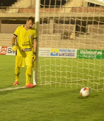 Goleiro Alencar Baú pode se apresentar em Santarém, nos próximos dias (Foto: Sabrina Rabelo)