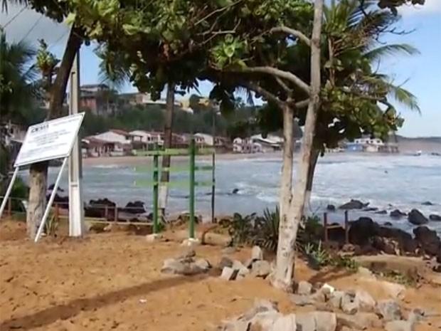 Moradores temem que obras poluam a praia (Foto: Reprodução/Inter TV Cabugi)