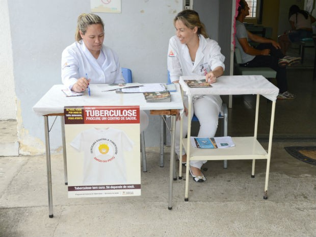 Objetivo da exposição é orientar e passar informações à população (Foto: Assis Cavalcante)